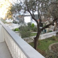 Apartment № 1 for rent, 500 m from Bečići beach in a private house with a yard and parking space (23 m2)