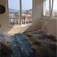 Аренда квартиры с 2-мя спальнями 78 кв.м. в Будве до 6-ти чел 800 м от моря (78 кв.м.)