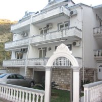 Rental apartments 1,2,3,5,6,7 500 meters from Becici beach in a private house