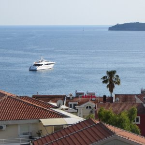 Apartment 150 m from the sea in Rafailovići № 33, 1 room, four-place (30 m2)
