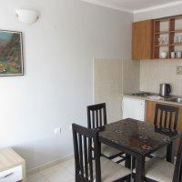 Apartman 150 metara od mora u Rafailovicima №36 , 2- spavaće sobe . 4 kreveta ( 35 m )