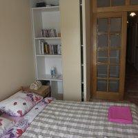 Аренда квартиры-распашенки 45 м2 с 2-мя спальнями № 12 на 1-й линии в Рафаиловичах до 4-х чел (Марина)