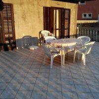 Аренда квартиры 90 кв.м. с 2-мя спальнями до 9-ти чел. в Доброте 2 (4 км от Котора)