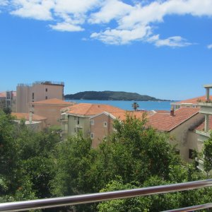 Suite for rent № 201, 130 m from the sea in Rafailovići (40 m2)