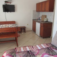 Аренда квартиры № 3 с одной спальней до 4-х чел в 50-ти м от песчаного пляжа (40 кв.м. Ольга)