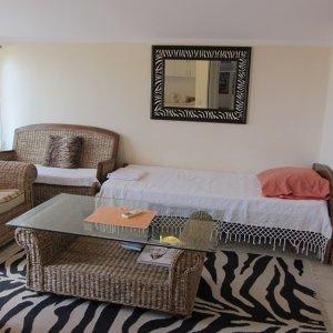 Аренда квартиры № 1 с 1-й спальней до 4-х чел. в 550 м. от пляжа Бечичи 4-х чел. Валентина