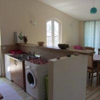 Аренда квартиры 100 кв м  с 2 мя спальнями до 7 ми чел  в 100 м от пляжа Рафаиловичах
