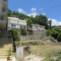 Аренда просторных, современных квартир №№ 1 и 2 до 6-ти чел. в старинном 2-х эт. доме 500 м от пляжа Бечичи