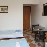 Rent a broj soba 1 do 35 m od plaže u Rafailovićima ( 18 kvadrata)
