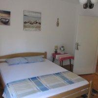 Аренда полдома 120 кв.м. с 3-мя спальнями до 8-ми чел в 100 м. от Сплендида в Бечичи (Светлана)