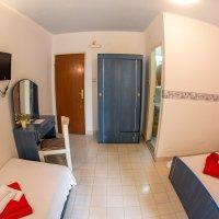 Аренда апартамента-студии № 204 в 40 м от пляжа в Рафаиловичах до 3-х чел.