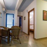 Аренда апартамента № 402 с 2-мя спальнями в 40 м от пляжа в Рафаиловичах до 4-х чел.