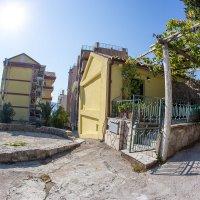 Аренда двух квартир в 50 м. от песчаного пляжа Рафаиловичи (Божидар, Никола)