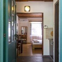 Аренда апартамента-студии в 50 м от пляжа в Рафаиловичах до 2-х чел. (Божидар, Никола)