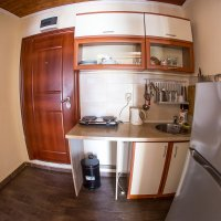 Аренда апартамента с 1-й спальней (3+1 чел.) в 50 м от пляжа в Рафаиловичах (Божидар, Никола)