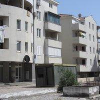 Аренда квартиры 52 кв.м. с 1-й спальней в Будве до 4-х чел 700 м от моря (Борис)