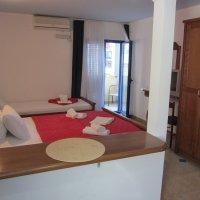 Аренда апартамента-студии № 405 в 40 м от пляжа в Рафаиловичах до 3-х чел.