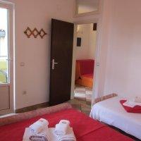 Аренда апартамента № 201 с 1-й спальней (3+1 чел.) в 40 м от пляжа в Рафаиловичах до 4-х чел.