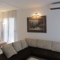 Аренда светлой и просторной квартиры-студии 40 кв.м. в Будве до 4-х чел 700 м от моря (Душица)