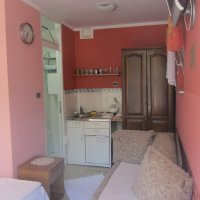 Suite for rent № 1, 130 m from the sea in Rafailovići (12 m2)