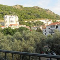 Suite for rent № 6, 190 m from the sea in Rafailovići (40 m2)