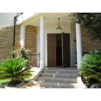 Luxury villa for sale 497 m2, first line. Uteha village, 10 m from the sea (Video)