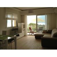 Prodaja 2- spavaće sobe . Stan 56 kvadrata u selu Dobrota na 100 m . Od mora ( 3 km od starog grada Kotora