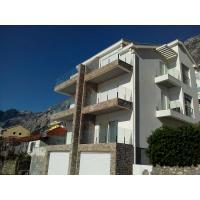 Продажа квартиры 44,18 кв.м. с одной спальней на приземном этаже в Доброте 2 (4 км от Котора)